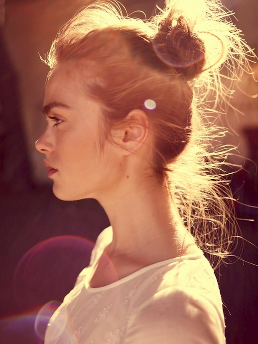 Le-Fashion-Blog-16-Buns-For-Any-Occasion-Hair-Inspiration-Via-Maison-Scotch
